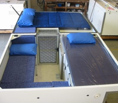 Hilux-Tray-On-2